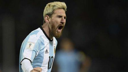 Messi, Maradona va nhung so 10 vi dai trong the gioi bong da - Anh 1