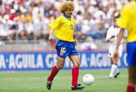 Messi, Maradona va nhung so 10 vi dai trong the gioi bong da - Anh 6