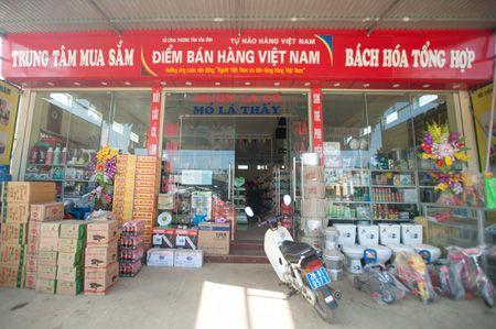 Lan toa niem tin hang Viet - Anh 1