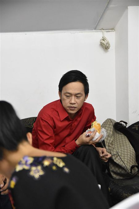 Vi sao Hoai Linh co cat-se cao nhat Vbiz nam 2016? - Anh 3