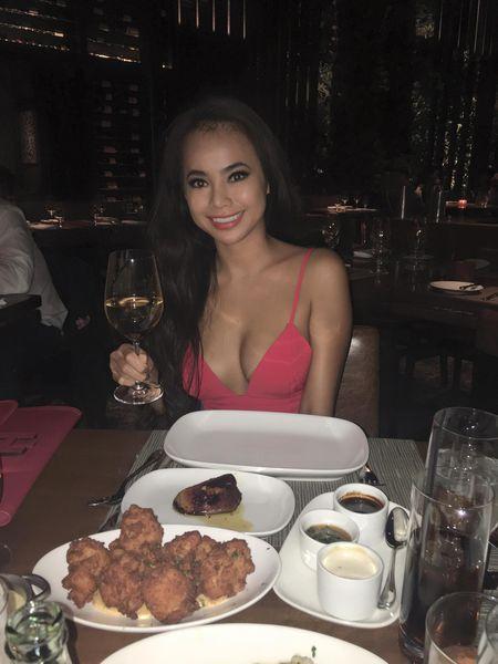 Ban than co body goi cam hon Ngoc Trinh quyen ru den muc nao? - Anh 8
