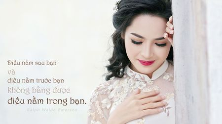 'Hot girl dao keo' lung lieng trong 6 ta ao dai xuan ruc ro - Anh 20