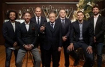 Bat ngo tu chuc, Prandelli bi Valencia 'si va' - Anh 3