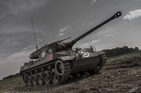 Quai di phao tu hanh chong tang M18 Hellcat cua My - Anh 3