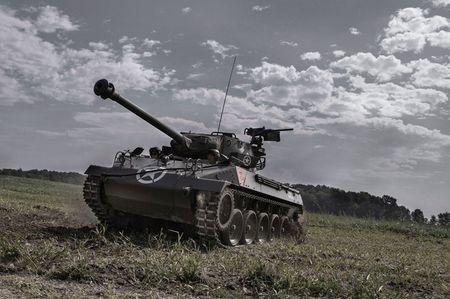 Quai di phao tu hanh chong tang M18 Hellcat cua My - Anh 4