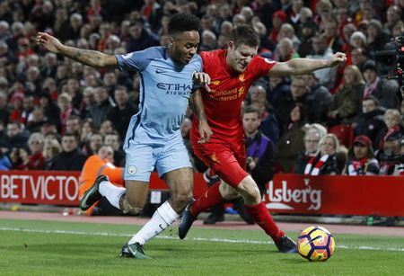 Aguero tit ngoi, Man City trang tay o dai chien voi Liverpool - Anh 3