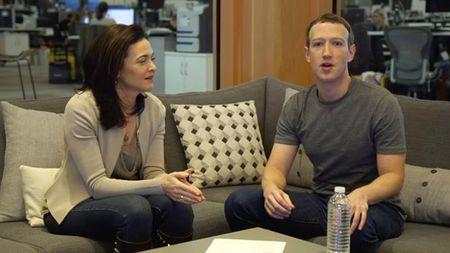 Mark Zuckerberg 'map mo' thua nhan Facebook la cong ty truyen thong? - Anh 1