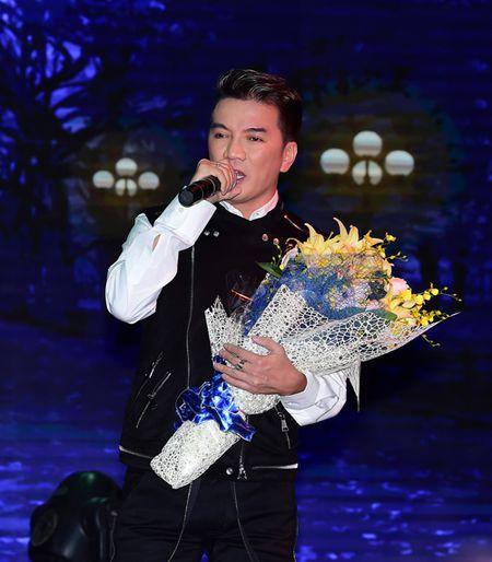 Gia Bao bat ngo doi liveshow, khang dinh khong muon ten dong nghiep de PR - Anh 1