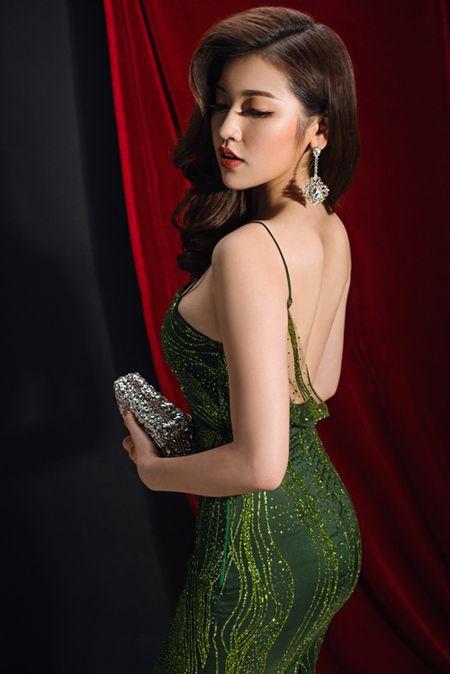 Do nhan sac nhung my nhan tuoi Dau cua showbiz Viet - Anh 12