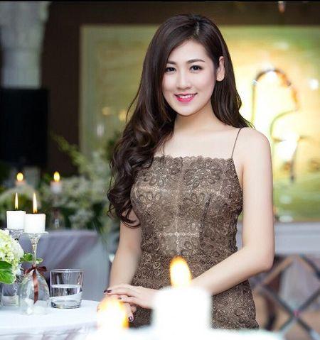 Do nhan sac nhung my nhan tuoi Dau cua showbiz Viet - Anh 13
