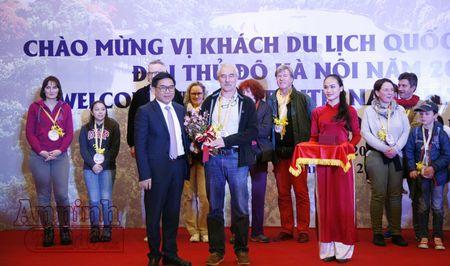 Don vi khach quoc te dau tien 'xong dat' Thu do Ha Noi - Anh 6