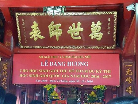 So GD&DT Ha Noi nhan sai sot trong 'le dang huong cho hoc sinh gioi' - Anh 2