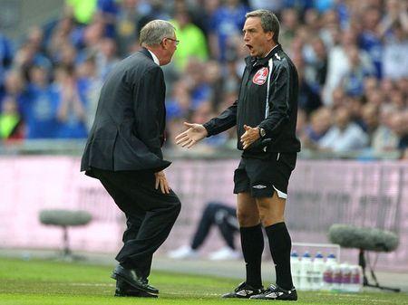 Sir Alex Ferguson: 25 khoanh khac dang nho nhat tai Manchester United - Anh 12