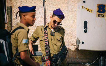 Ngam Israel binh yen khong khoi lua trong mat tin do du lich - Anh 19