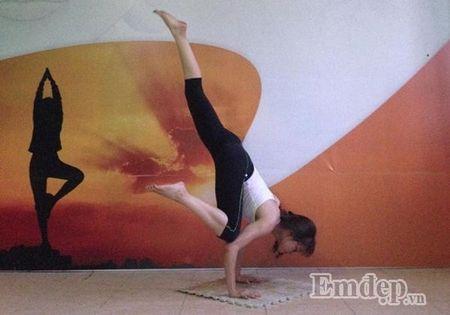 Loi sai khi tap Yoga, nhieu chi em van mac nhung 'tac luoi' cho qua - Anh 2