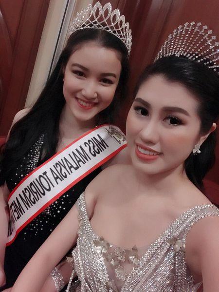 Emily Hong Nhung sang Malaysia ung ho Thuy Linh - Anh 8