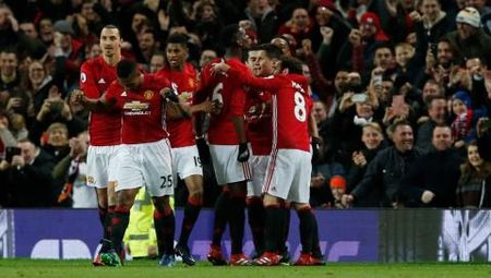 M.U don giao thua bang 'Fergie time' truoc Middlesbrough - Anh 1