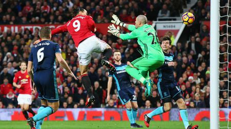 M.U don giao thua bang 'Fergie time' truoc Middlesbrough - Anh 3