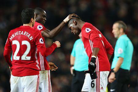 MU hay hon Man City, Arsenal trong nam 2016 - Anh 1