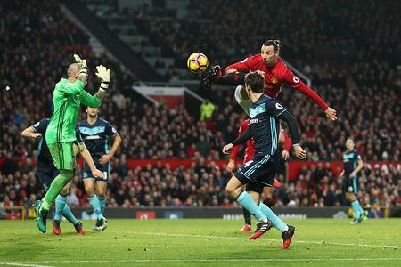 Jose Mourinho dung chieu cau gio lo lieu - Anh 1