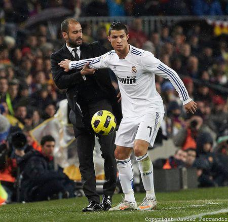 Jose Mourinho dung chieu cau gio lo lieu - Anh 8