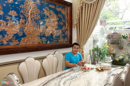 Tham biet thu moi xay, rong 700 m2 cua Ly Hung - Anh 8