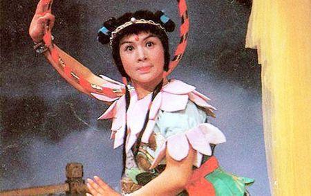 Cuoc song kin tieng cua Na Tra 'Tay du ky' 1986 - Anh 1