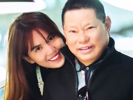 6 cuoc tinh gay on ao nhat showbiz Viet nam 2016 - Anh 5