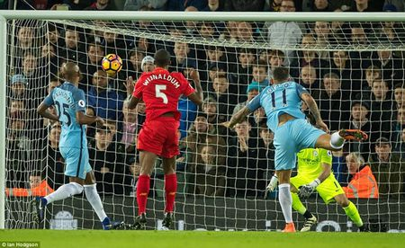 Toan canh chien thang thuyet phuc cua Liverpool truoc Man City - Anh 4
