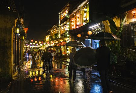 Hinh anh: Hoi An lung linh sac mau chao don nam moi - Anh 1