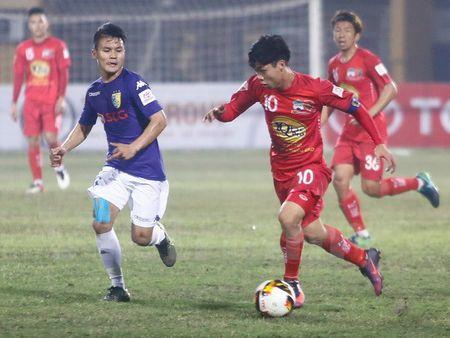 Cong Phuong van duoc khen du choi mo nhat truoc nha vo dich - Anh 1