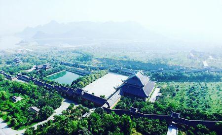 Check-in ngoi chua trong MV sieu hot 'Bao gio lay chong' o Ninh Binh - Anh 4