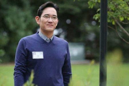 Toa an Han Quoc tu choi ra lenh bat giu Pho chu tich Samsung - Anh 1