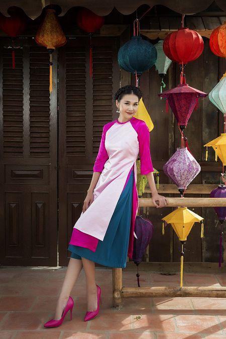 Thanh Hang dien ao dai ngot ngao sac tham ben vuon xuan - Anh 6