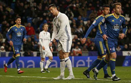 5 diem nhan Real Madrid 1-2 Celta Vigo: Sau mach bat bai la chuoi… that bai? - Anh 4