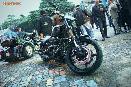 Harley-Davidson CVO Pro Street Breakout tien ty tai Ha Noi - Anh 2