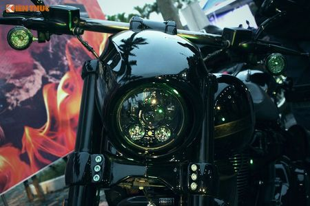 Harley-Davidson CVO Pro Street Breakout tien ty tai Ha Noi - Anh 3