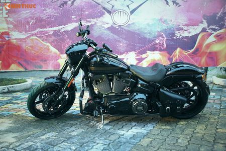 Harley-Davidson CVO Pro Street Breakout tien ty tai Ha Noi - Anh 6