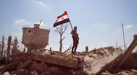 Chien su khong hoi ket o Syria qua anh Sputnik - Anh 5