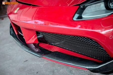 Ferrari do 1 ty dong tai Da Nang ra bien 'ngu quy 5' - Anh 4