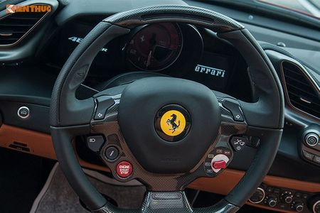 Ferrari do 1 ty dong tai Da Nang ra bien 'ngu quy 5' - Anh 9