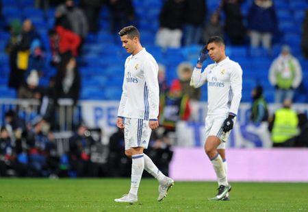 Ronaldo tit ngoi, Real Madrid thua tran thu 2 lien tiep - Anh 1