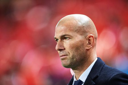 Real Madrid thua 2 tran lien tiep, Zidane noi gian - Anh 1