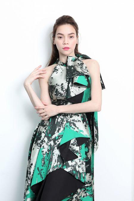 Khong can hang hieu, Ho Ngoc Ha van quyen ru kho roi mat - Anh 1