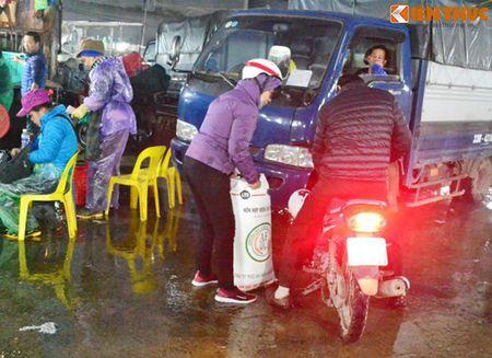 Cho ca Ha Noi tap nap truoc ngay cung ong Cong ong Tao - Anh 12