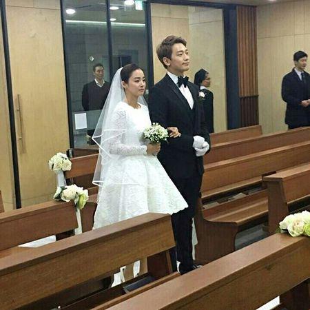 Anh hiem hoi cua Kim Tae Hee - Bi Rain trong le cuoi - Anh 1
