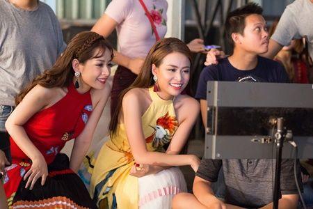 Hoang Thuy Linh tung MV ruc ro sac xuan cung Chi Pu - Anh 8