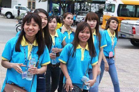 Tet sum vay cho cong nhan Binh Duong - Anh 1