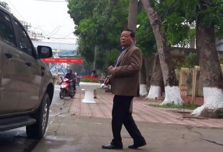 Hai cuu can bo gay oan sai cho ong Nguyen Thanh Chan khong nhan toi - Anh 2