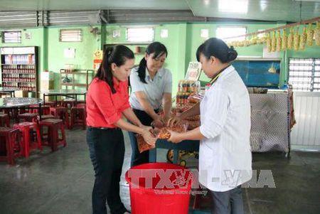 Ninh Thuan chan chinh co so vi pham quy dinh Luat Thu y - Anh 1